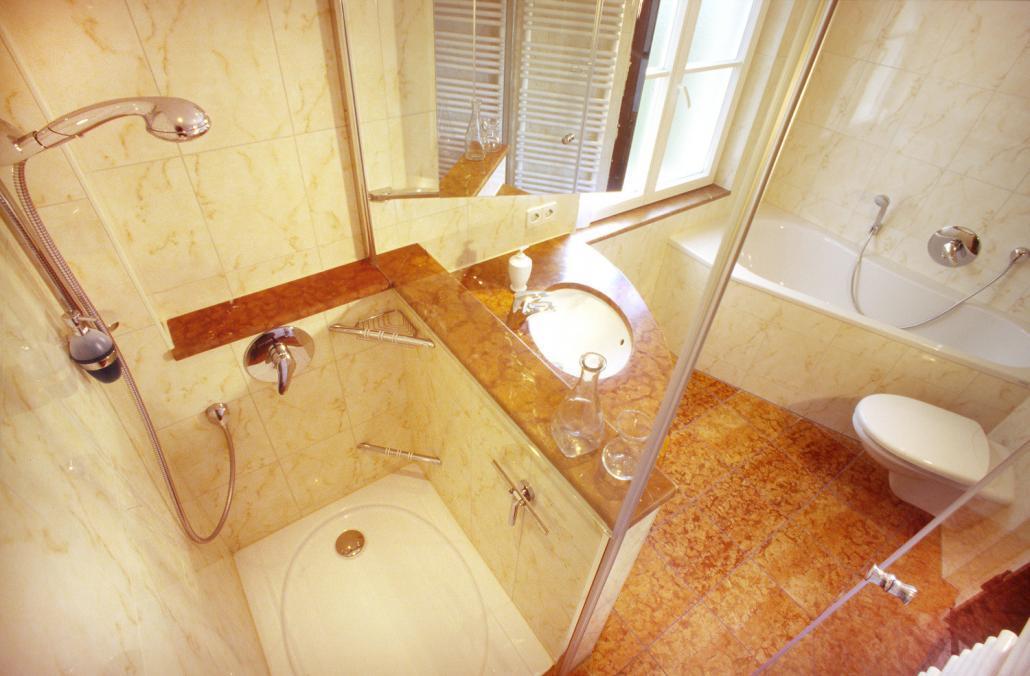 Badezimmer fliesen abschlagen