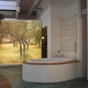 Bad-Ausstellung-Rundblick-vorne-03