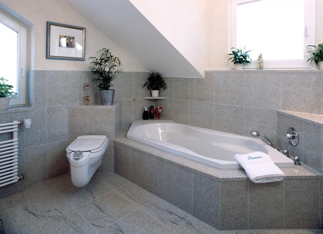 Granit badezimmer bad b der sanit r kissel stuttgart - Granitfliesen im bad ...