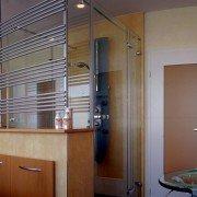 Badrenovierung-Zwei-Tueren-Bad-12