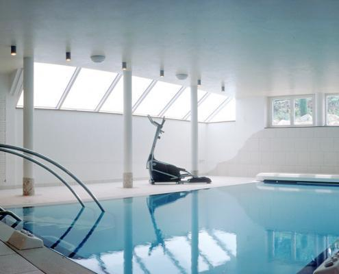 Hallenbadbau-Wellness-pur-01