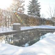 Poolausstellung-im-Schnee-07