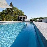 Ausstellung-Pool-Kupkas-Garten-03