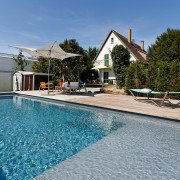 Ausstellung-Pool-Kupkas-Garten-17