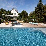 Ausstellung-Pool-Kupkas-Garten-24