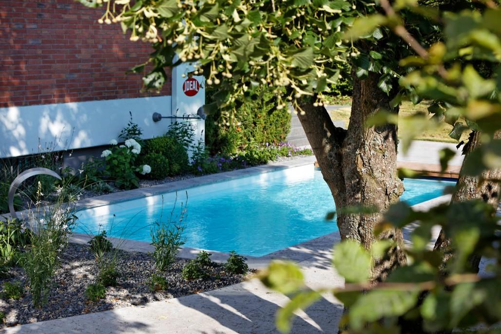 mina schwimmbecken pool b blingen kissel stuttgart. Black Bedroom Furniture Sets. Home Design Ideas