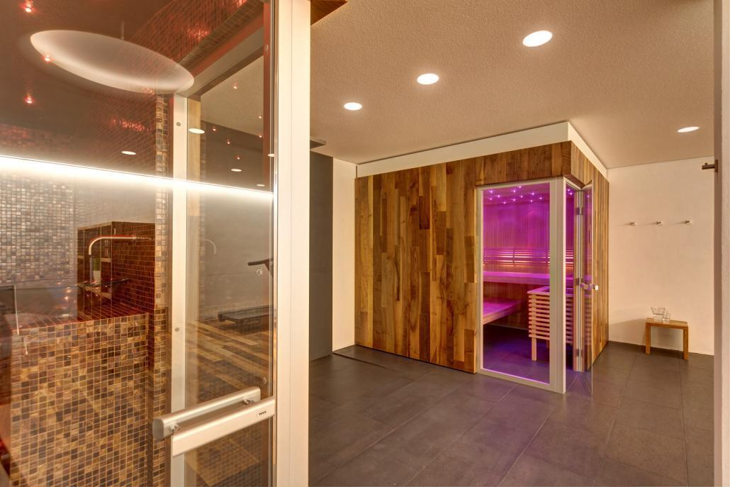 tyl dampfbad und sauna badsanierung kissel stuttgart. Black Bedroom Furniture Sets. Home Design Ideas